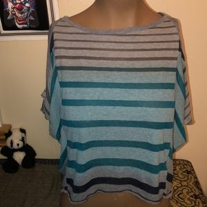 Tops - Hang ten stripped top size medium like new